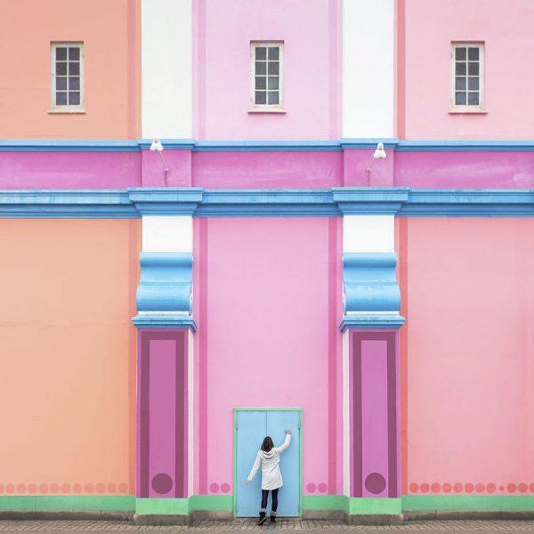 17-aesthetic-architecture-photography-traveling-daniel-rueda-anna-devis-12-595cb56cbfdbd__880