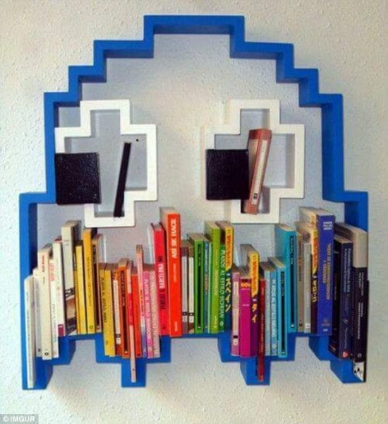 421C88D700000578-4674874-A_new_chapter_in_interior_design_opens_Another_Pac_Man_bookshelf-a-103_14994321