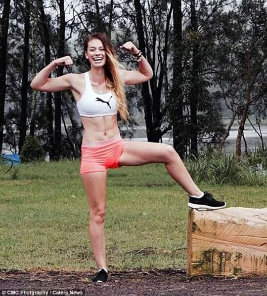 42678CF000000578-4702220-Courtney_is_now_studying_to_become_a_personal_trainer_so_she_can-a-6_1500261635064