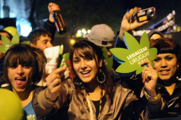 7-uruguay-marihuana-2013
