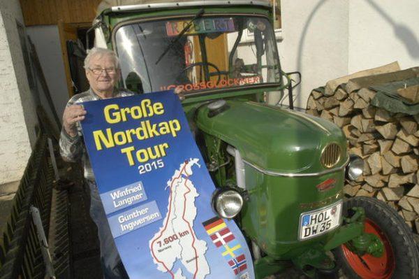 Deutz-Willi-hat-ein-neues-Ziel-Winfried-Langner-79-aus-Lauenfoerde-macht-sich-mit-Robert-auf-Rentner-will-mit-Traktor-zum-Nordkap1_image_630_420
