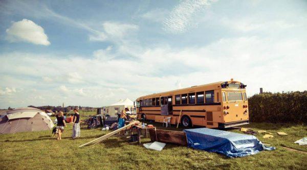 bus-hostel-