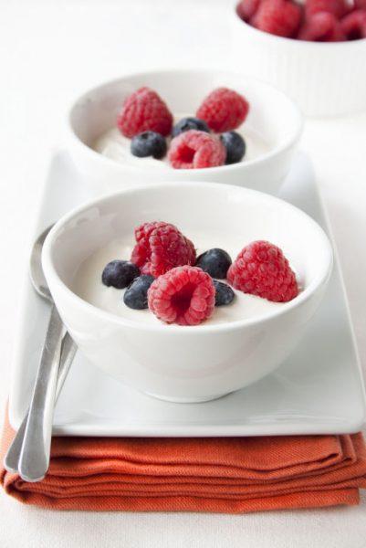 gallery-1500564897-yogurt-berries