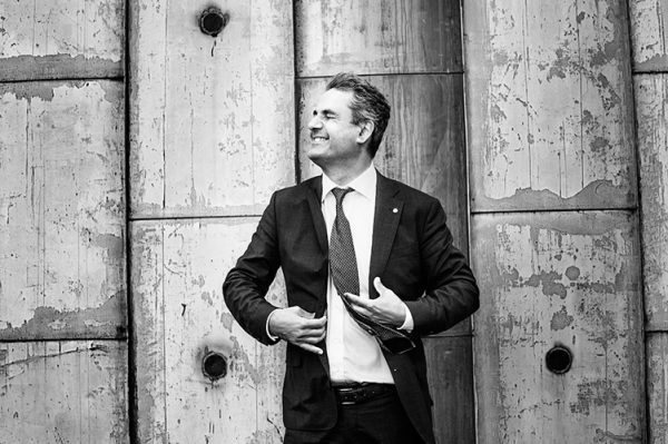 Ibrahim Baylan för Forum Svea Skog. Spoon. Fotograf: Emil Nordin