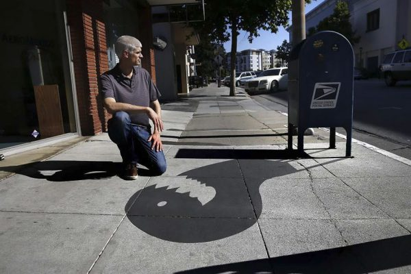 1-fake-shadow-street-art-damon-belanger-redwood-california-2-599bf26952035__880