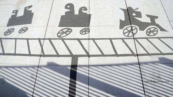 17-fake-shadow-street-art-damon-belanger-redwood-california-3-599bf26ac3d97__880