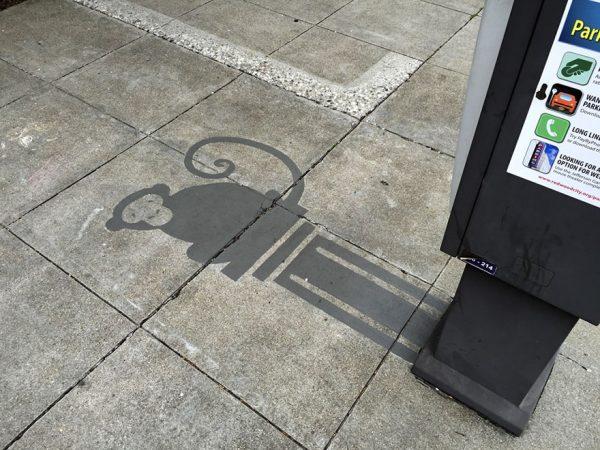 7-fake-shadow-street-art-damon-belanger-redwood-california-1-599bf2671663b__880