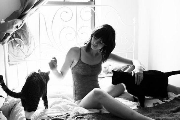 kedi_sahiplenen_kadinlar (17)