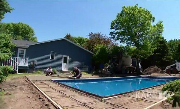retired-judge-builds-neighborhood-pool-keith-davison-4-599551e428616__700