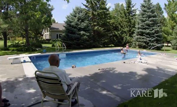 retired-judge-builds-neighborhood-pool-keith-davison-5-599551e5a8651__700