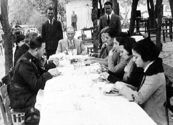 5. Cumhuriyetin ilk yılları ve kadın stajyer avukatlar