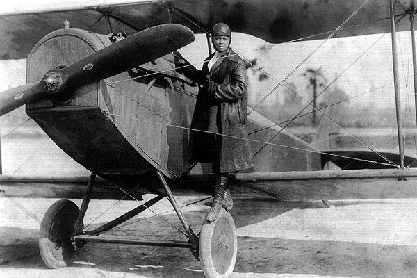 Bessie Coleman returned to the US to work as a stunt pilot