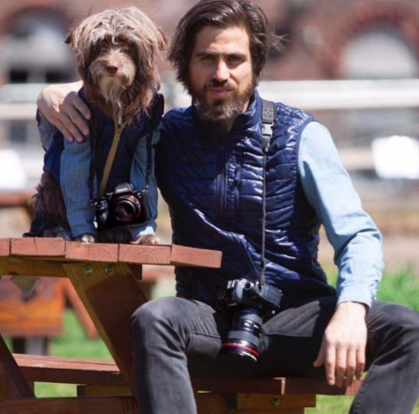 köpeğiyle_aynı_giyinen_adam (32)