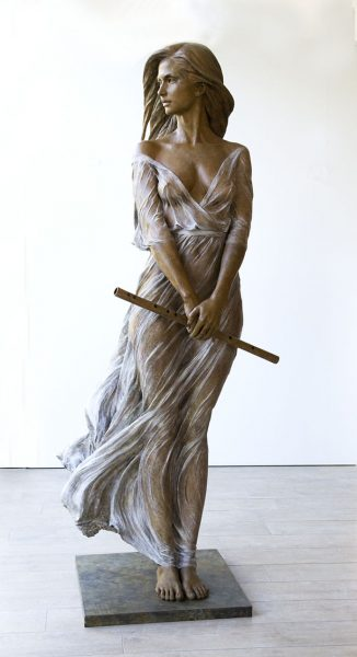 realistic-female-sculptures-luo-li-rong-14-59c8a3e942f50__700