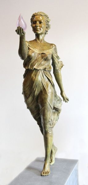 realistic-female-sculptures-luo-li-rong-19-59c8a3f4b5733__700