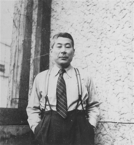 sugihara-1940-kaunas-lithuania-credit-ushmm-courtesy-of-hiroki-sugihara