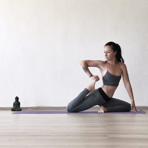 yoga-pilates-with-peri