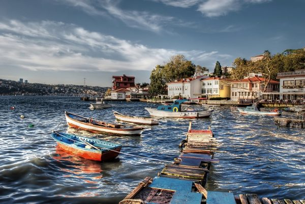 1. Çengelköy'deki köşkte başlayan yaşam