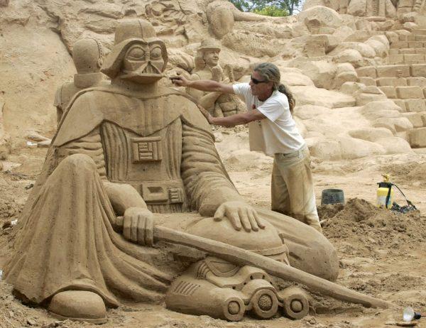 11-star-wars-sand-castles