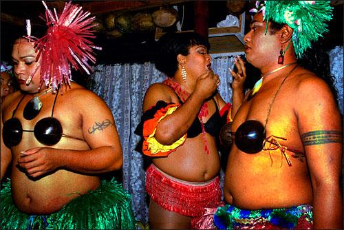 Faafafine-third-gender-specific-to-Samoan-cultur