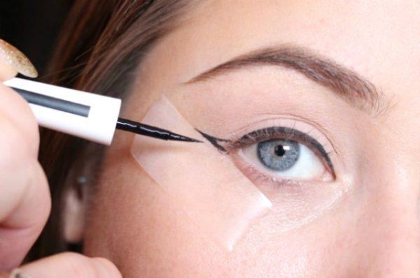 eyeliner-bant