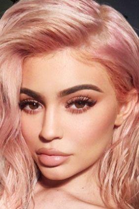 kylie-jenner-rose-gold-hair-main