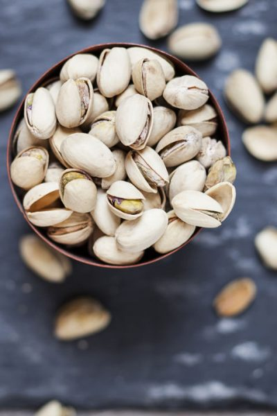 pistachiossnacks-at-deskcrop