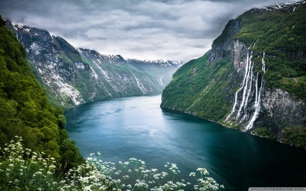 norway_fjord-wallpaper-1152x720