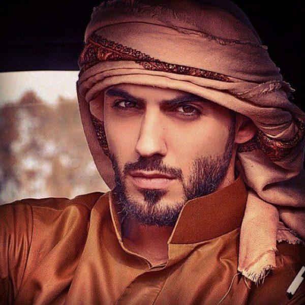 0519afab2185762b82ad0d43d5a2ae30--arabian-nights-saudi-arabia
