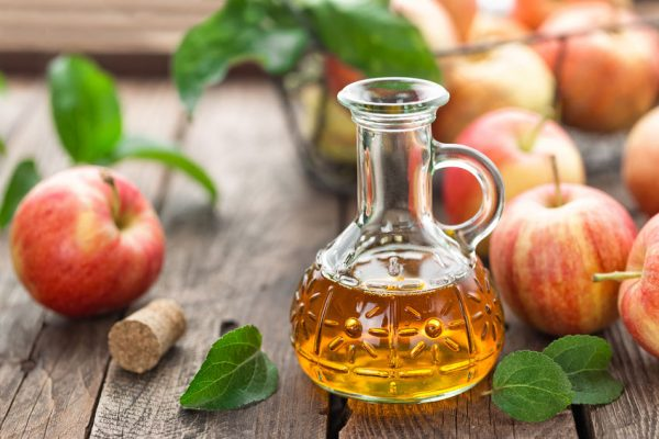 65188994 - apple cider vinegar