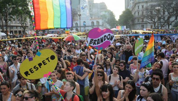 escinsel-evlilikler-arjantin