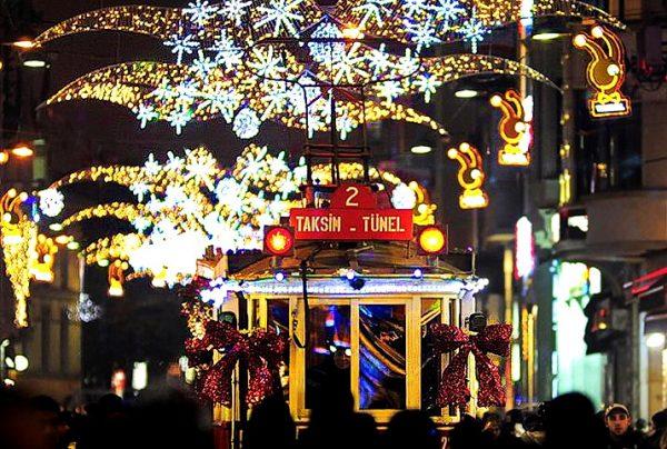 İstanbul Yılbaşı Programları 2017,istanbul yılbaşı,istanbul new year,christmas