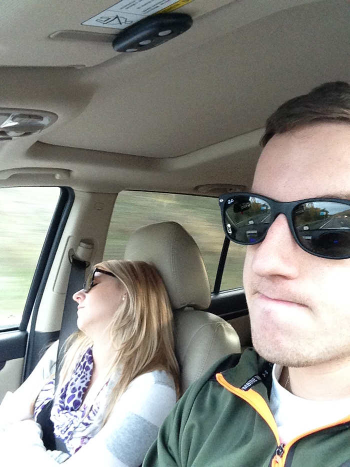 road-trip-sleeping-wife-pictures-husband-mrmagoo21-3-5a434c80cbb8d__700