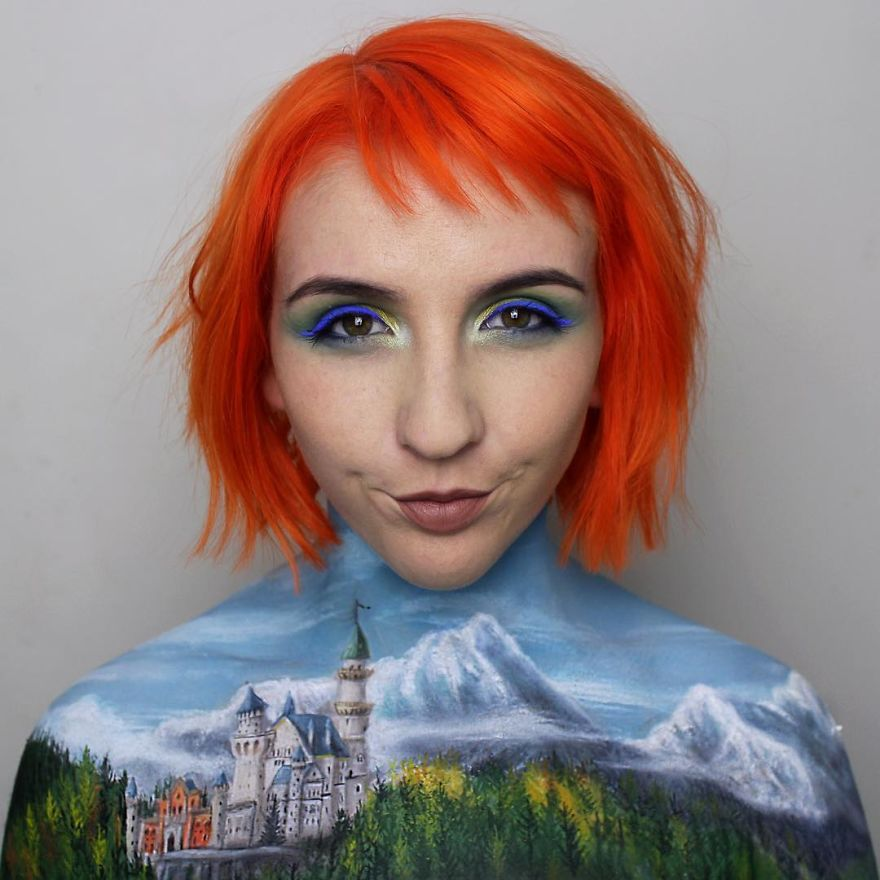 Makeup-artist-Georgina-Ryland-is-using-her-body-as-a-canvas-on-Instagram-creating-true-masterpieces-5a5812df20a45__880