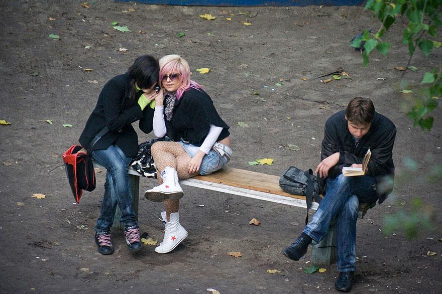 life-on-park-bench-photo-series-kiev-ukraine-yevhen-kotenko-9-5a6add42b5c60__880