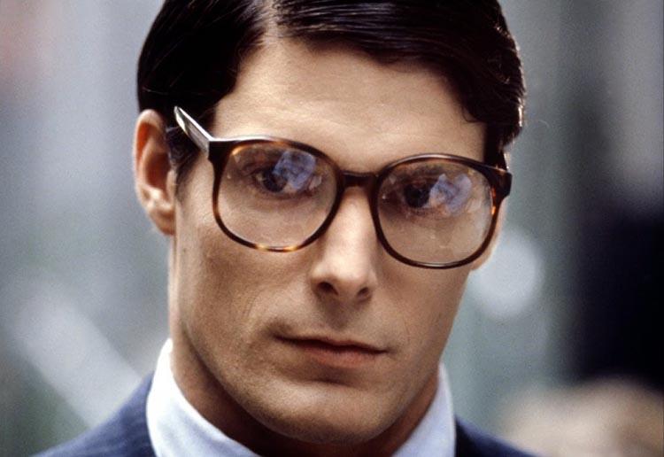 Kahramanın Sonsuz Yolculuğu Clark Kent Christopher Reeve