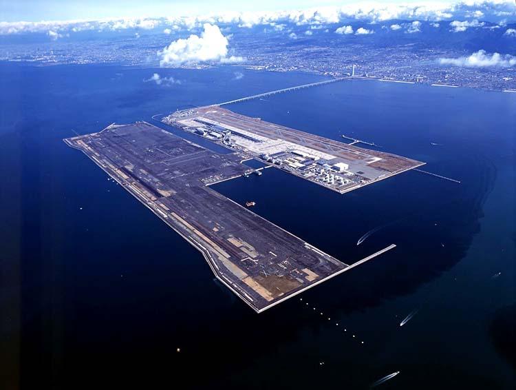 Dünyanın En Tuhaf Havaalanları Kansai Havaalanı