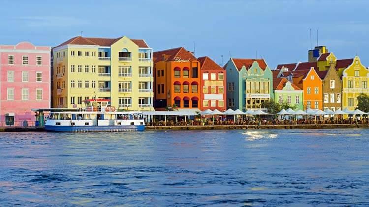 Ilıman iklimli yerler Curaçao