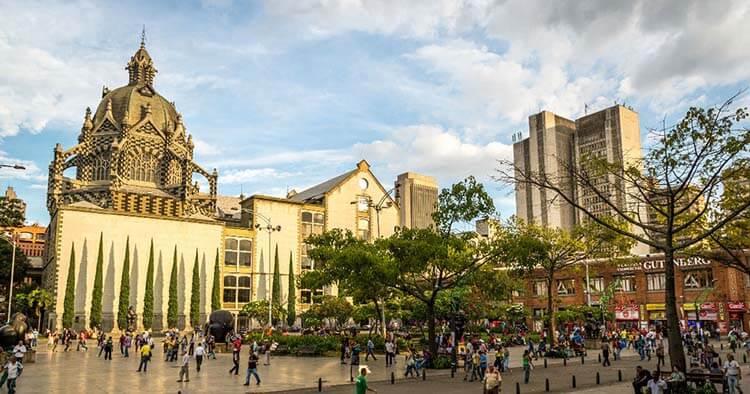 Ilıman iklimli yerler Medellin