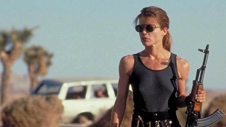 Vücuduna zarar veren oyuncular Linda Hamilton Terminator 2