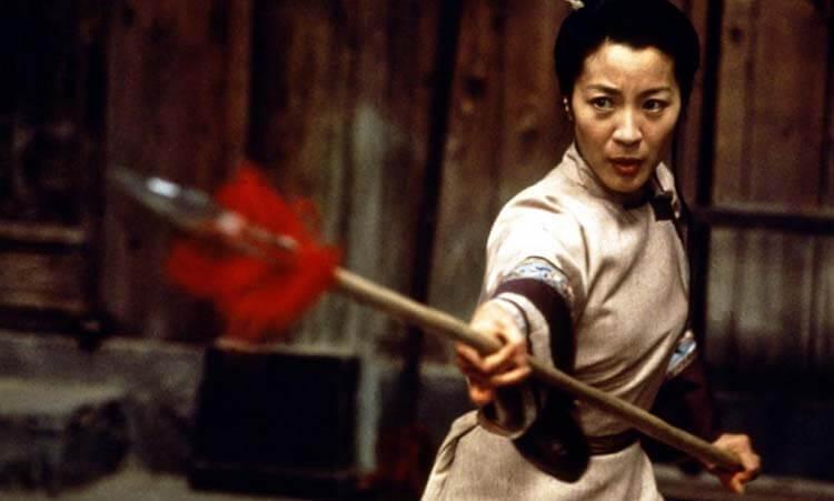 Vücuduna zarar veren oyuncular Michelle Yeoh Crouching Tiger Hidden Dragon
