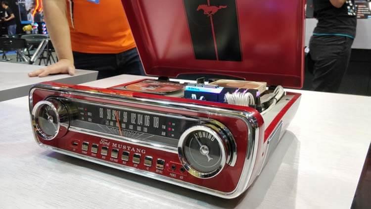 ilginç bilgisayar kasaları g.skill ford mustang radio
