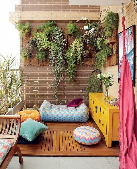 Yaz Aksamlarinin Keyfini Katlayacak Balkon Dekorasyonu Onerileri