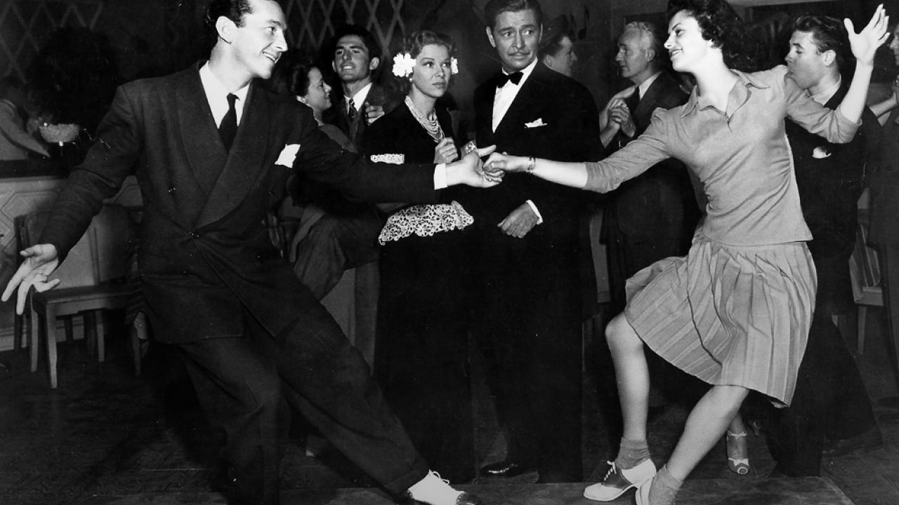 Swing Nedir Yerinde Duramayanların Dansı Swing Hakkında Bilmeniz