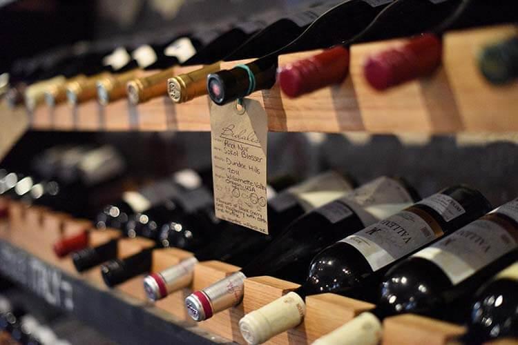 Şarap hakkında esneyebilen kurallar - Üzerinde yazan puana göre şarap seçmelisiniz