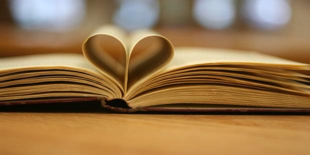 Arkadaşlarınızla Bozuşmanızı Önleyecek 11 Kitap Ödünç Alma Kuralı