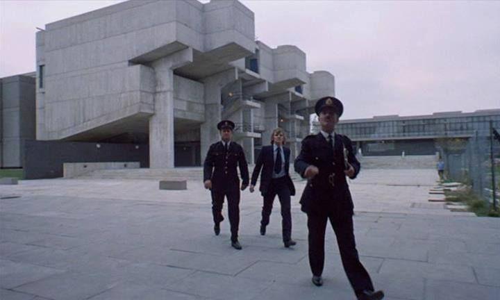 Distopik Bilim Kurgu Filmlerinde Karşımıza Çıkan 8 Önemli Mimari Yapı