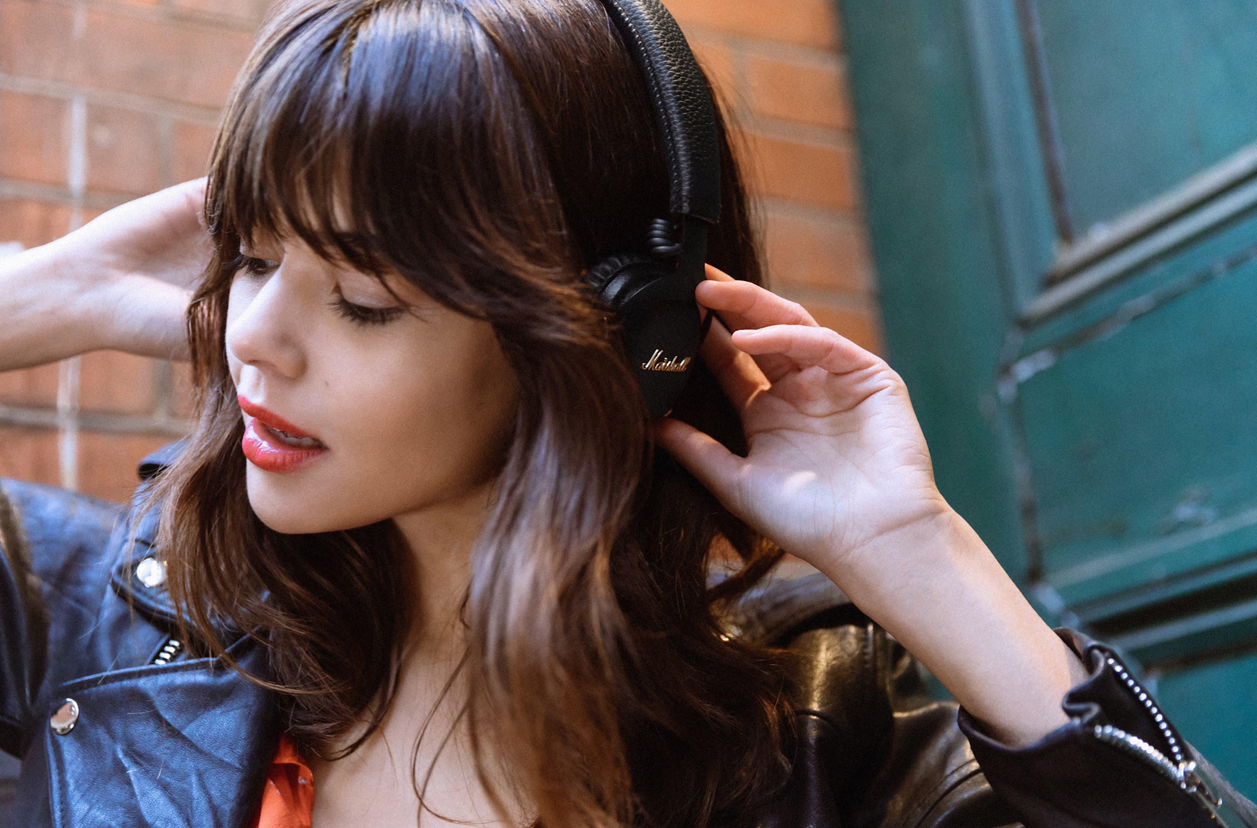 kulak üstü kulaklık çeşitleri