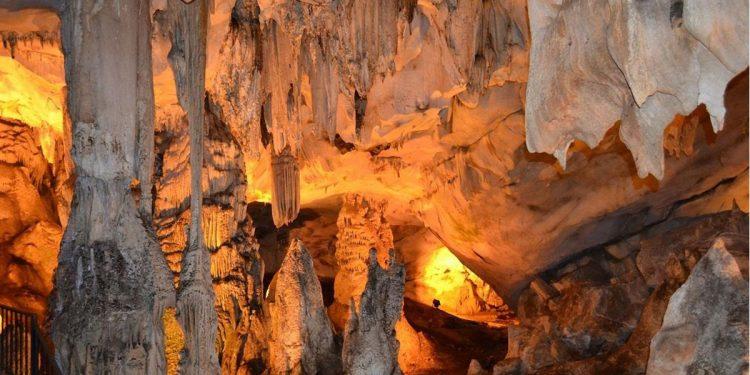 Damla Taşları ve Sarkıtlarıyla Eşsiz Bir Doğa Harikası: Dupnisa Mağarası