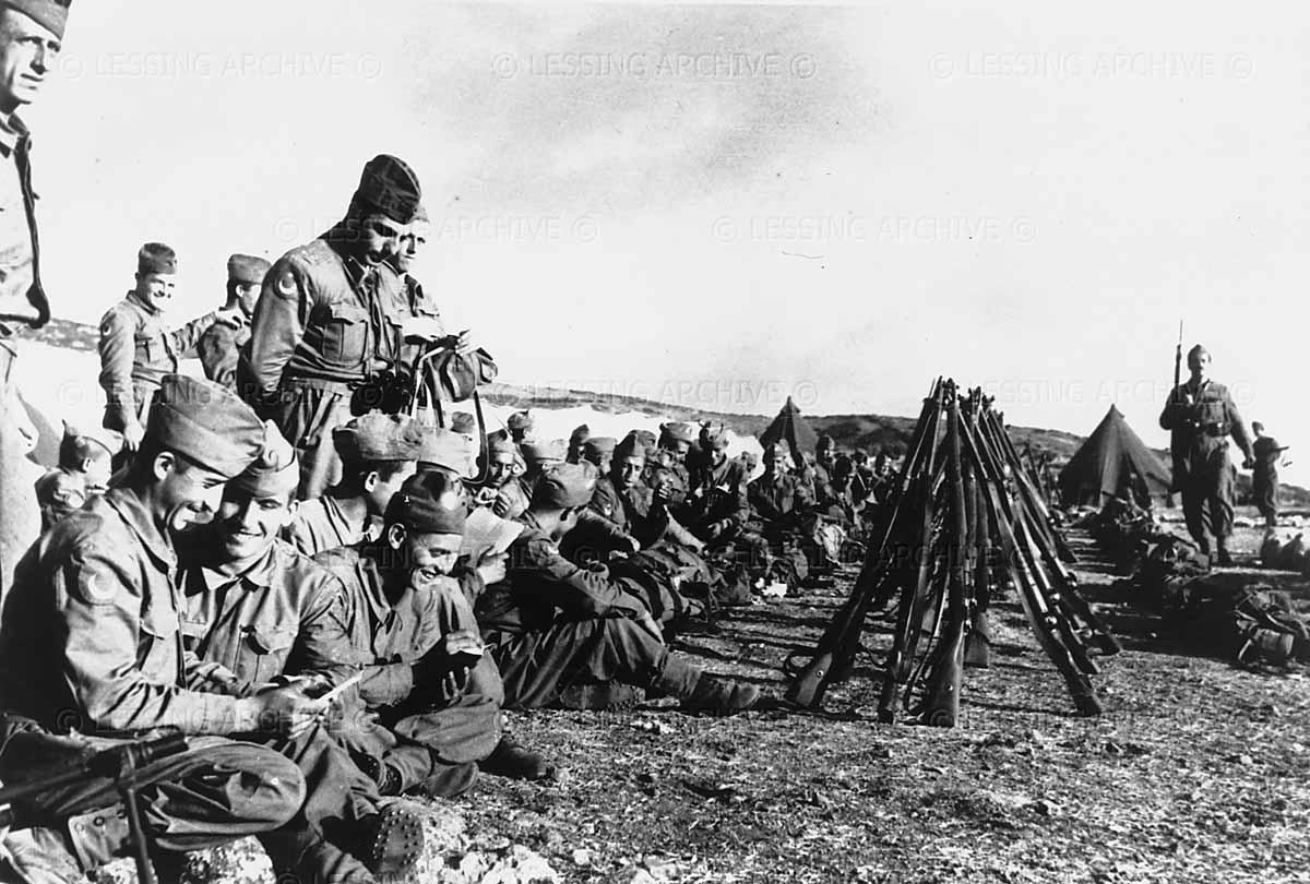 Türk Askeri